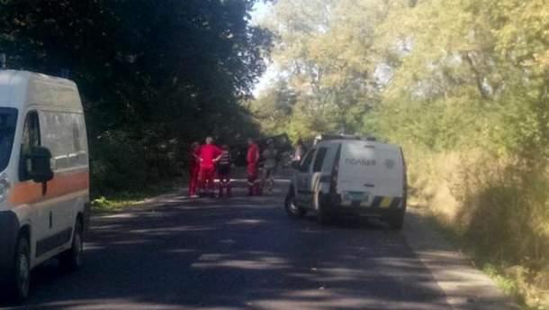 Біля Львова вибухнув автомобіль