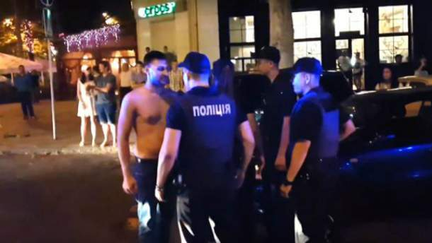Полицейские не смогли разобраться с мажорам в Николаеве