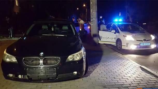 Пьяные молодчики пытались убежать от полиции