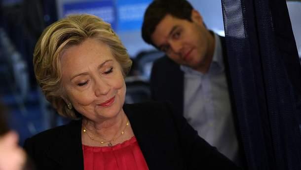Семья Клинтон имеет с Россией длинную историю