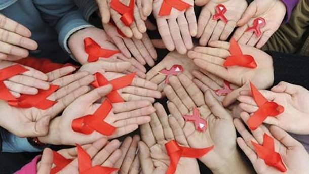 10% детей защищены от СПИДа