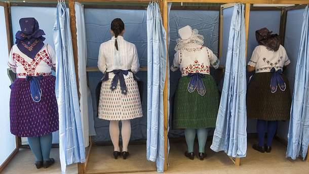 Венгерки голосуют на референдуме