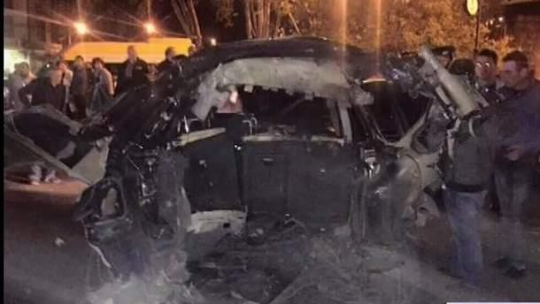 У Тбілісі підірвали машину опозиційного депутата