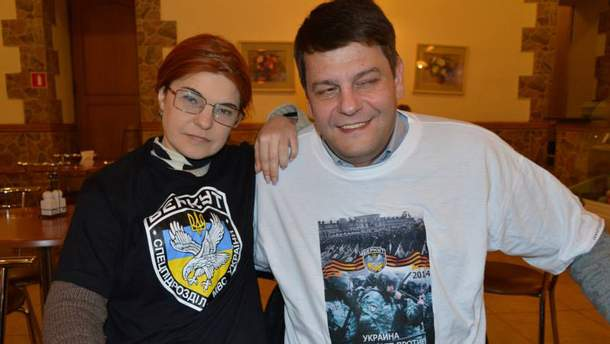 """Влюбленный в """"Беркут"""" Артем Мартиросян (справа)"""