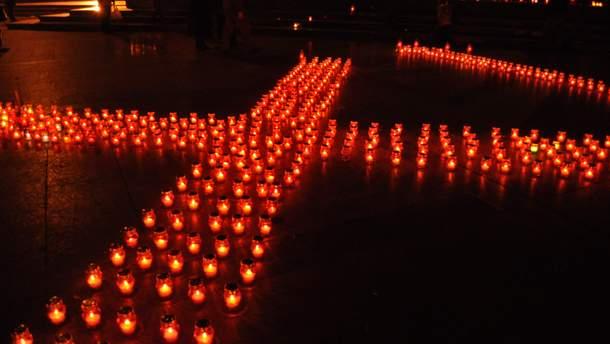 Украина чтит память жертв Голодомора