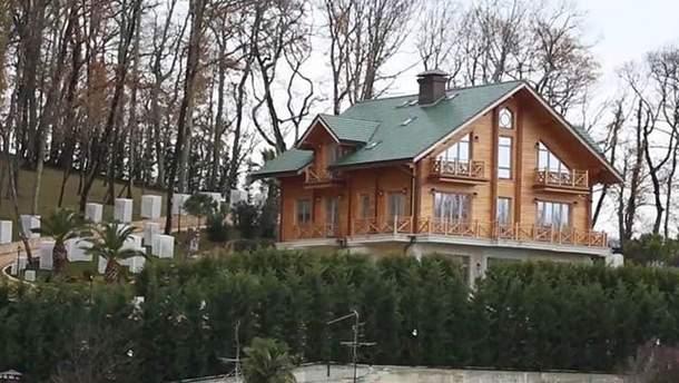 Дача Януковича