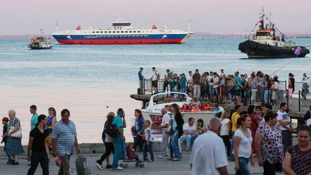 В Росії вигадують, як боротись з мізером туристів в Криму