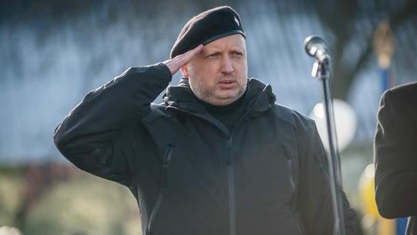 Турчинов закликав святкувати Різдво з цивілізованим світом