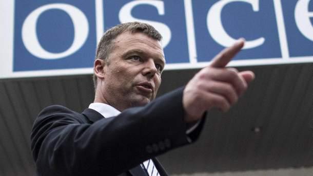 Первый заместитель главы миссии ОБСЕ Александр Хуг