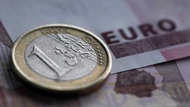 Евро подорожал на 10 копеек