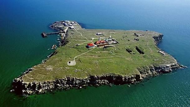 Остров Змеиный в территориальных водах Украины