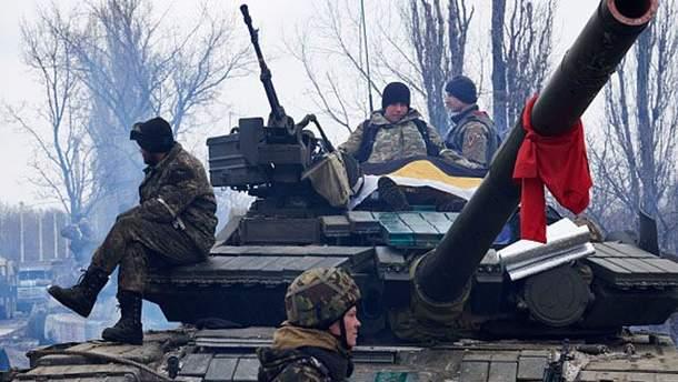 Под обстрелами боевиков погибли бойцы АТО, есть раненые