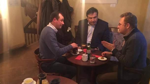 Гацко, Саакашвили и Садовый во львовской кофейне
