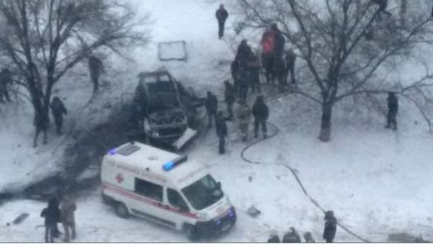 Місце вибуху автомобіля Олега Анащенка