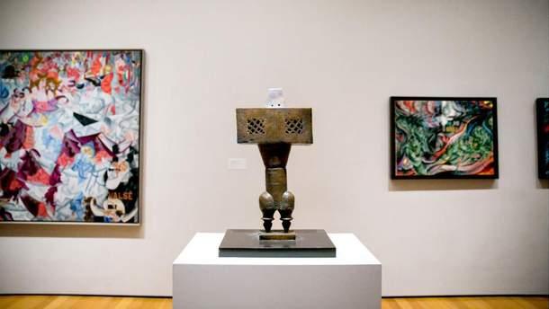 """""""Пророк"""" Парвиза Танаволи на выставке в Музее современного искусства в Нью-Йорке"""