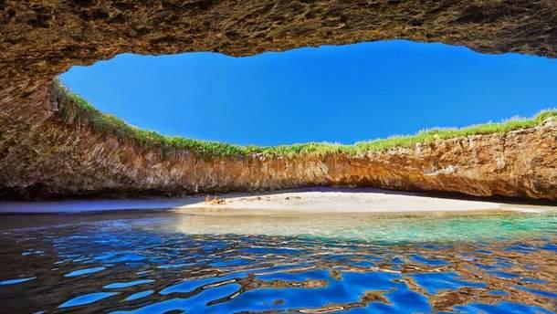 Остров Мариетта, Мексика