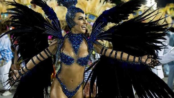Неперевершена Сабріна Сату на карнавалі