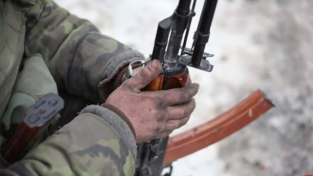 Два украинских военных получили ранения