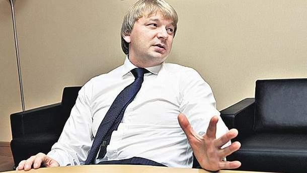 """Сергій Палкін заявив, що база """"Шахтаря"""" продовжує роботу"""