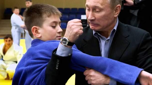 """Путін """"переживає"""" за дітей"""