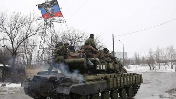 Бойовики атакували з танка, БТР та протитанкових ракет