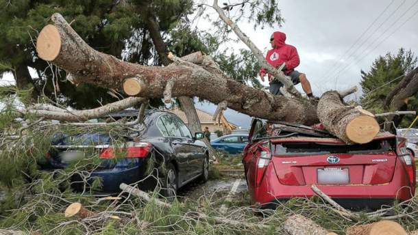 Наслідки шторму в Каліфорнії