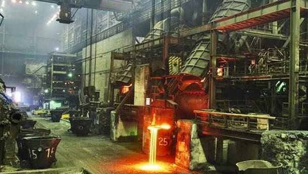 Енакиевский металлургический завод прекращает работу