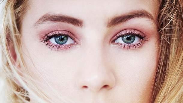 Очі дівчини