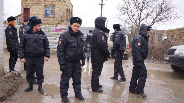 Российские силовики ворвались