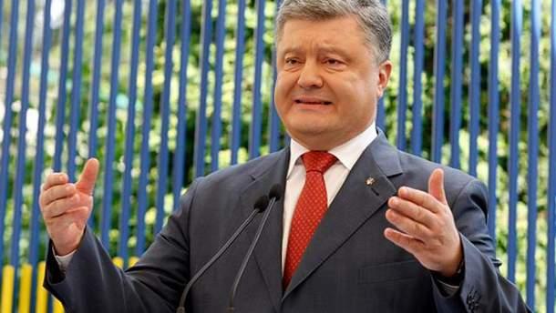 Петр Порошенко требует более жестких санкций против России