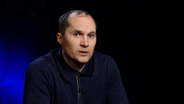 Юрий Бутусов