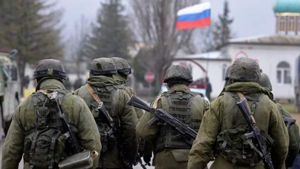 Російські військові без розпізнавальних знаків брали участь у анексії Криму