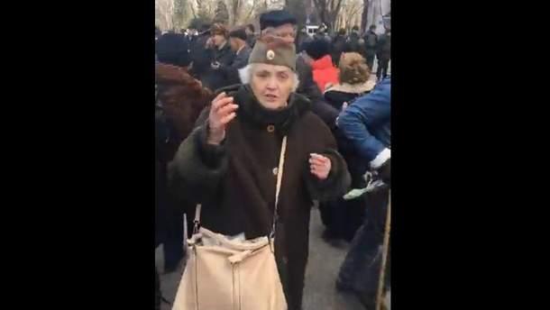Митинг в честь Дня советской армии