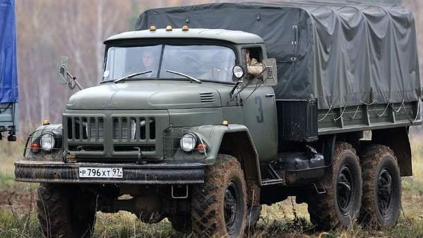 Военный автомобиль ЗИЛ-131 (Иллюстрация)