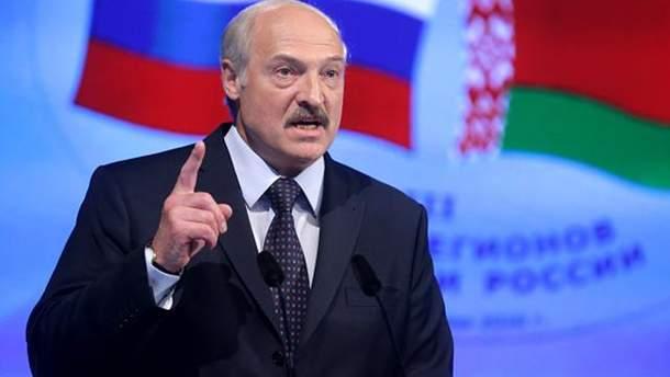 Олександр Лукашенко розлютився на Росію за