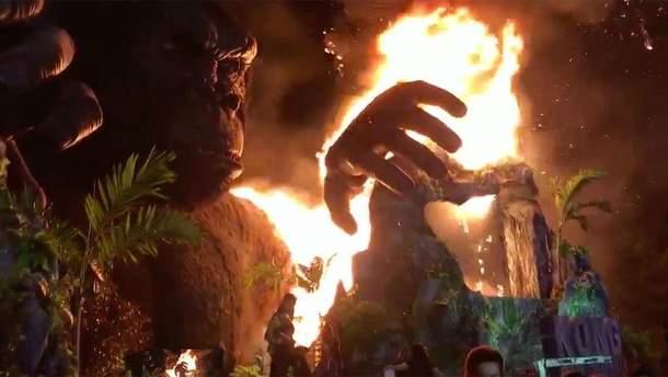 Пожар, охвативший статую Кинг Конга