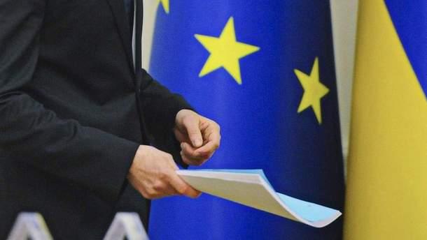 ЕС не ужесточит санкции против РФ из-за блокады Донбасса