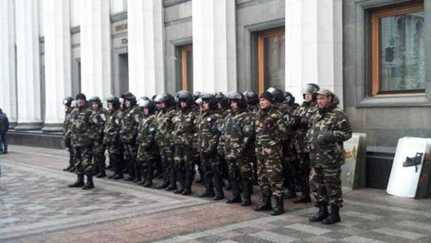 Правоохоронці посилять заходи безпеки в центрі Києва