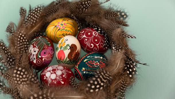 Як пофарбувати яйця на Великдень 2018