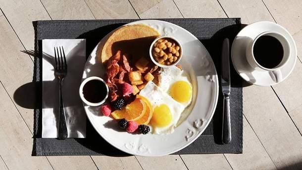 А чим ви снідаєте?