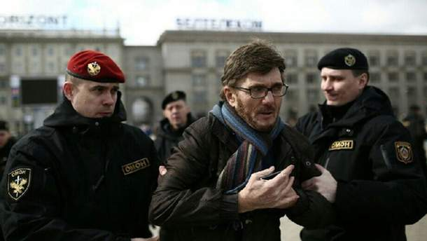 Силовики задерживают протестующих в Минске
