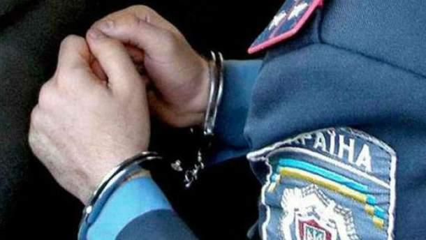 Задержание сотрудника правоохранительных органов