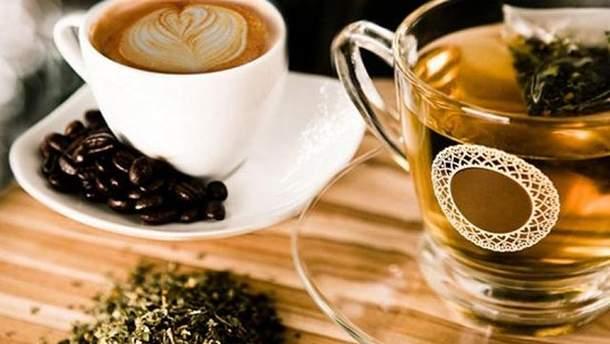 Натуропат пояснив, чому каву та чай варто пити з цукром