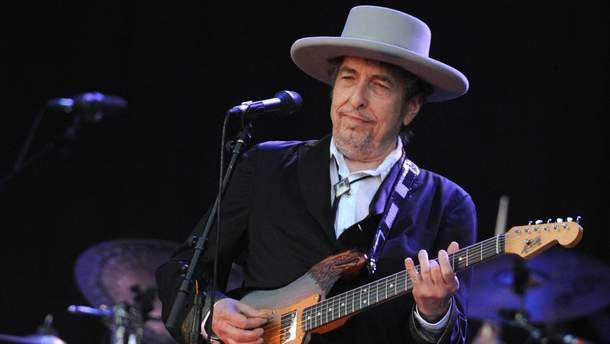 Боб Дилан таки заберет Нобелевскую премию