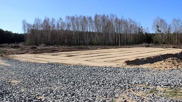 У Чорнобильській зоні відчуження будують залізницю