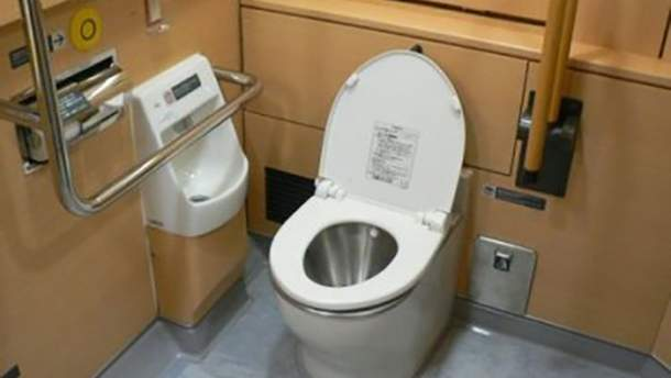 """""""Укрзалізниця"""" планує придбати теалети в поїзди по мільйону гривень за штуку"""