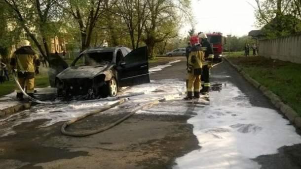 Фото з місця пожежі