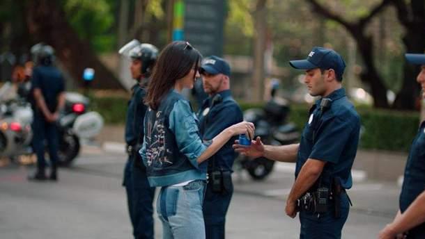 Скандальная реклама Pepsi