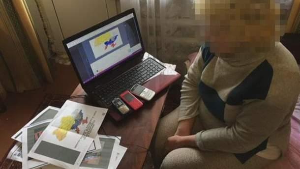 СБУ затримала українців, які поширювали в інтернеті російську пропаганду та шпигували для РФ