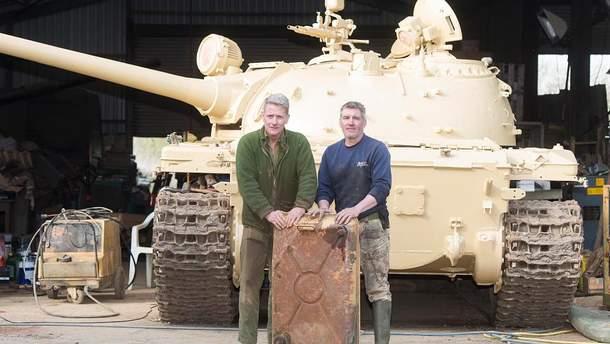 Колекціонер знайшов золото в старому танку